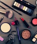 ایران به ۲۱ کشور لوازم آرایشی صادر میکند