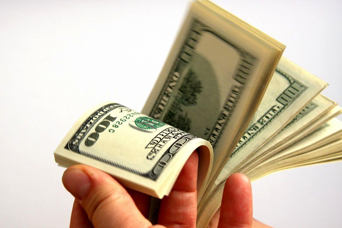 قیمت دلار و یورو در بازار 14 مهر 99