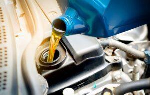 گرانی باور نکردنی روغن موتور / از تولید کننده تا دلالان کدامیک مقصرند؟