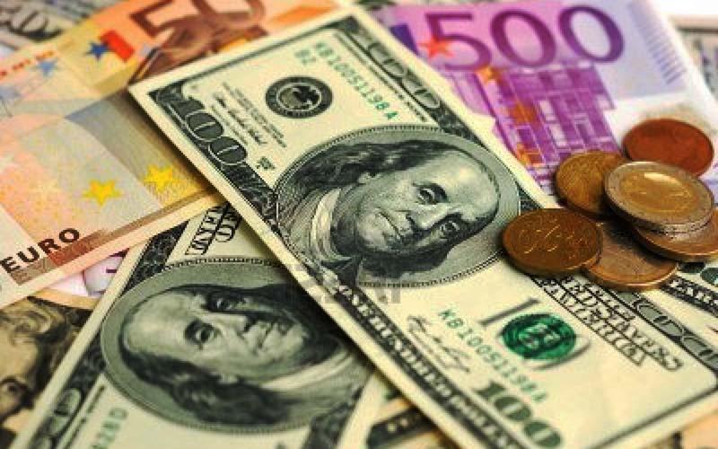 قیمت دلار و یورو 10 دی 99